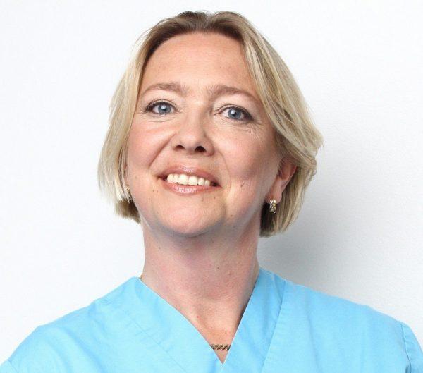 Hon öppnar hudklinik i Skåne