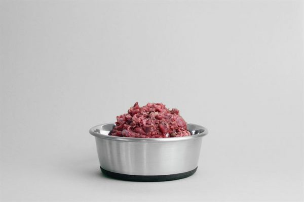 Riskerna med rått kött: Branschföreningen svarar