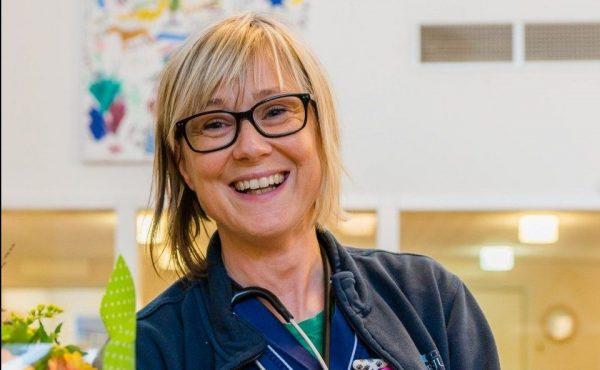 Ellen är Sveriges första specialistdjursjukskötare