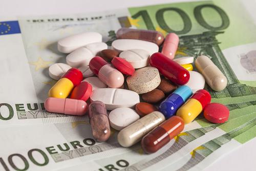 Veterinärer i Europa ska inte sälja läkemedel
